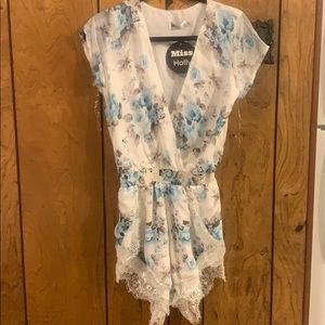 Miss Holly NWT floral lace romper